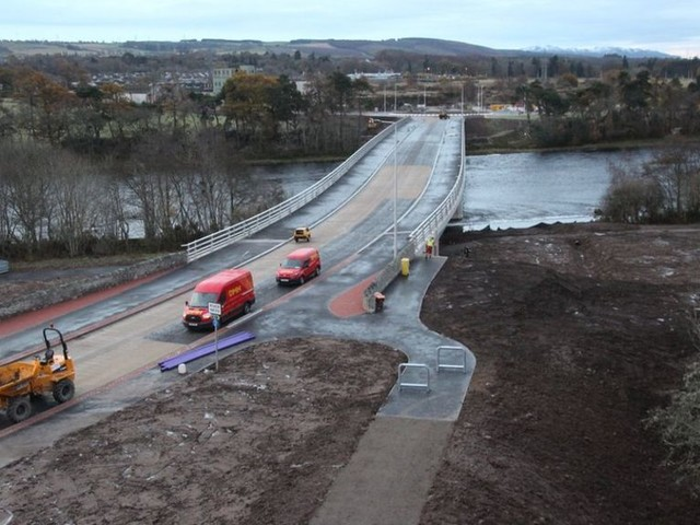 New road and River Ness crossing to open to traffic