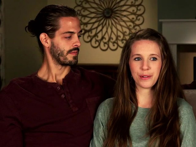 Jill Duggar's Husband Derick Begs For Cash, Lashes Out After 'Counting On' Firing