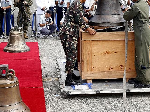 U.S. returns bells taken from Philippines as war trophies