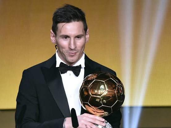 Lionel Messi Wins Ballon d'Or 2019 as Megan Rapinoe, Mathijs de Ligt & Alisson Becker Claim other Awards