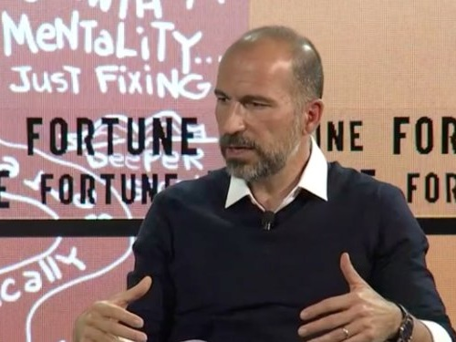 Here are 4 lessons bank executives can learn from Uber and Amazon about how to be customer obsessed
