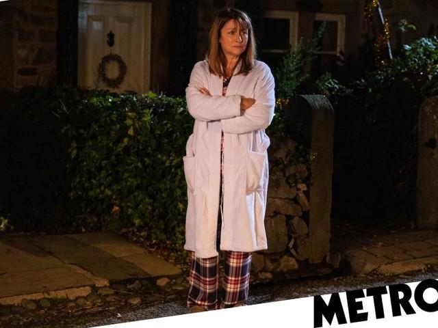 Who is stalking Wendy Posner in Emmerdale?