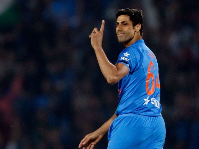 Nehra to retire from all forms of cricket
