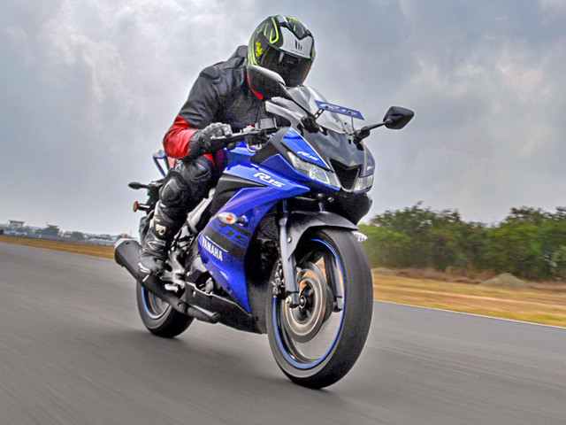 Review: 2018 Yamaha YZF-R15 V3.0 review, test ride