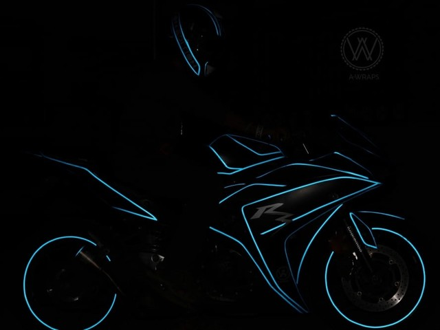 This Yamaha YZF-R3 With Tron Wrap Will Surely Draw Your Attention