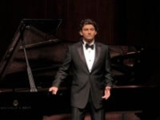 Tough night for Kaufmann at Carnegie Hall