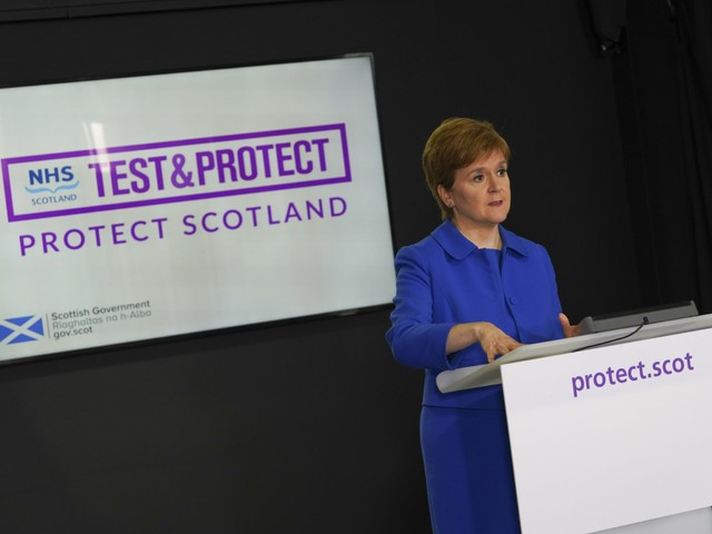 Sturgeon says difficult decisions will be made this weekend to force Covid-19 into 'retreat'