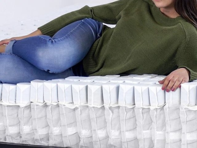 A new mattress combines '700 tiny mattresses in one' for better support — I slept on it and noticed less lower back aching