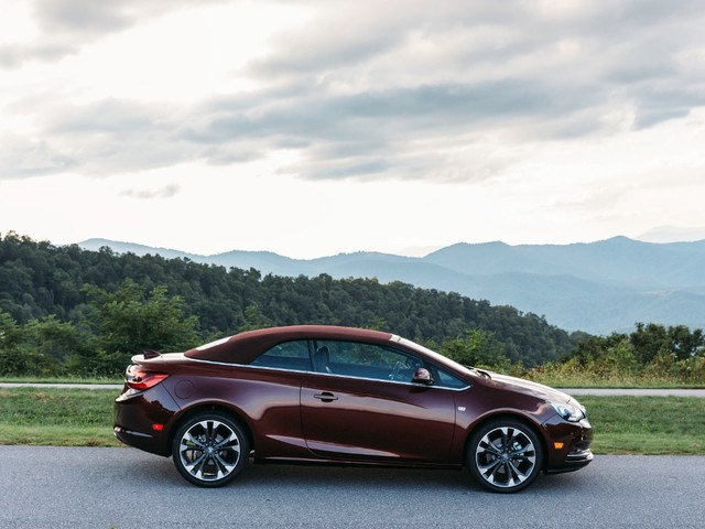Buick Says Color Is Back, but Will You Buy a Cascada That's Not Silver?