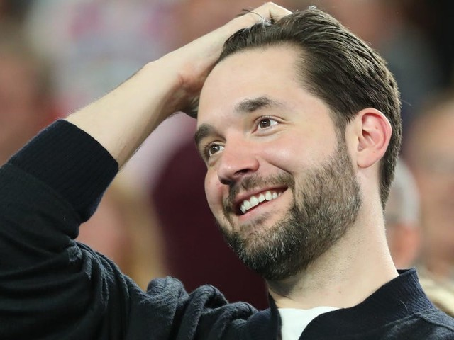Alexis Ohanian is mentoring and leading an investment in a startup called Itsme. He explains how the founders captured his attention and a $15 million Series A.