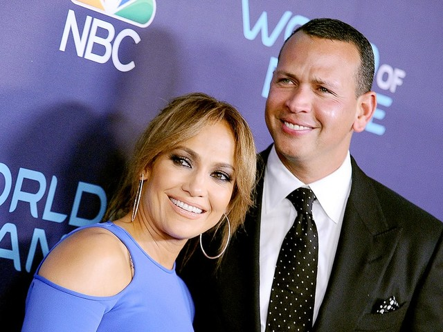 Jennifer Lopez and Alex Rodriguez Are 'Looking at Getting a Place Together': Details!