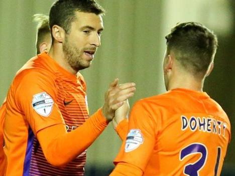 Irish Premiership: Glenavon go top as 10-man Coleraine earn derby draw