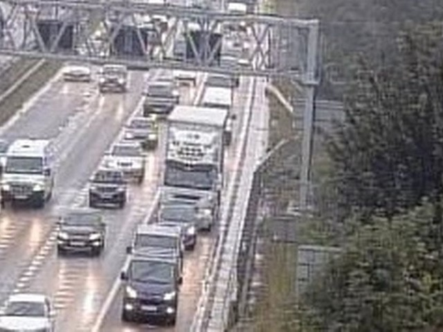 Updates: All traffic stopped on M4 after crash near J18 for A46 Bath