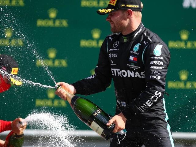 Updated: Bottas wins Austrian GP as Hamilton challenge left on its knees