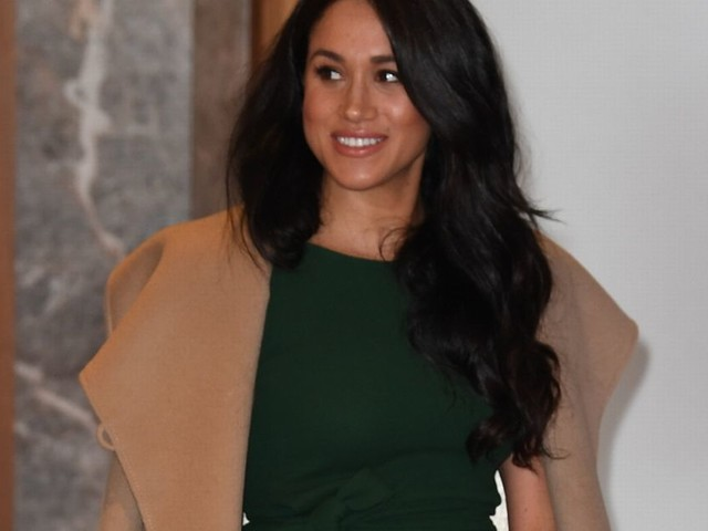 Meghan Markle looks chic as she arrives with Prince Harry at WellChild Awards