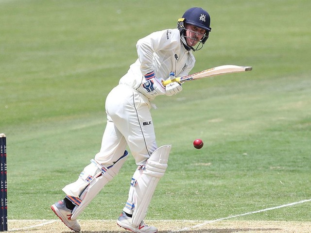 Maddinson's broken arm overshadows Victoria's progress