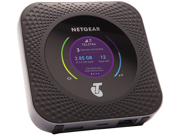 Netgear Nighthawk M1: LTE Cat 16 Router up to 1 Gbps