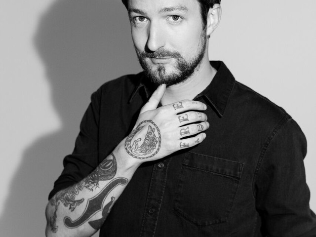 INTERVIEW : Frank Turner on his career and retrospective set