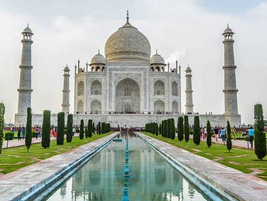 Taj Mahal Is A Beautiful Graveyard, Says Haryana Minister