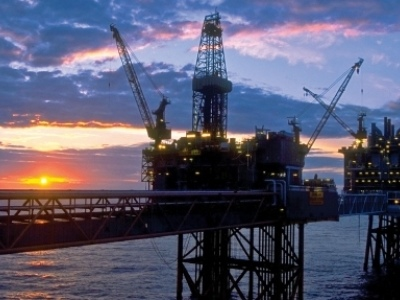 U.S. Rig Count Dips As Oil Prices Hold Steady
