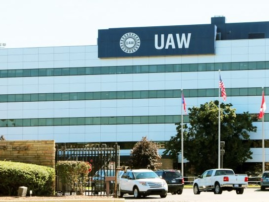 Faurecia Employees Strike After UAW Agreement Expires