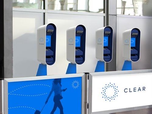 The newest way to beat lines at the airport involves quickly scanning your eyes or fingerprints — here's how CLEAR works