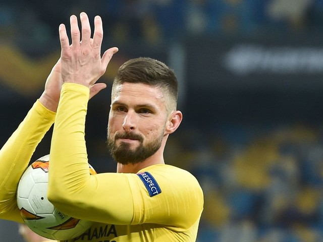 Olivier Giroud issues Chelsea quit threat over lack of playing time