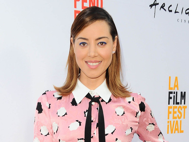 Aubrey Plaza Goes Pretty in Pink for 'Ingrid Goes West' Premiere
