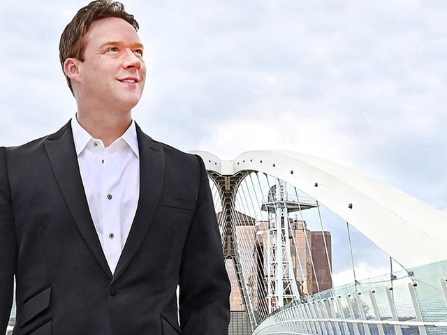 Russell Watson announced 2 new tour dates