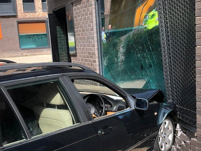 Parent crashes car into uni student halls on first day during 'embarrassing' drop off