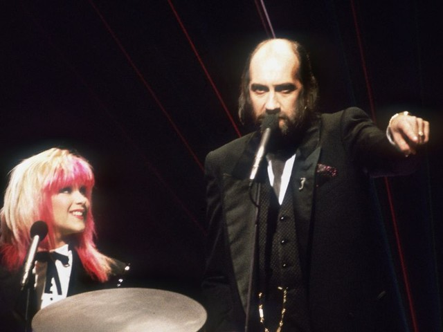 """Samantha Fox reveals who was to blame for """"worst night of my life"""" hosting Brit Awards with Mick Fleetwood"""