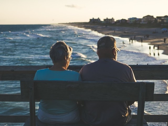 8 Ways to Help your Ageing Parents