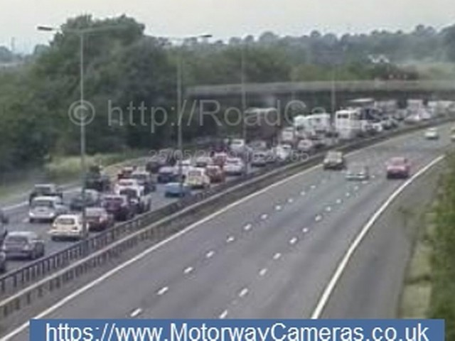 Man dies after motorbike hits central reservation on M6