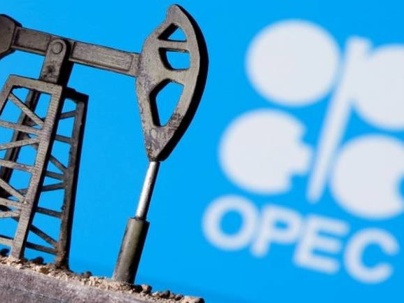 OPEC agrees oil output rise from May, sources say, after US calls Saudi