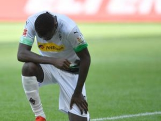 Thuram tribute to Floyd as Gladbach beats Union 4-1