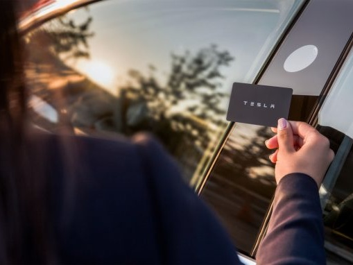 How the Tesla Model 3 Works without a Key or a Fob
