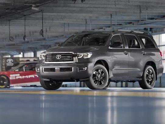 Buy/Drive/Burn: Three-row, V8 Family SUVs for 2019