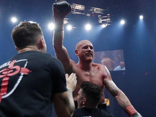 George Groves defeats Chris Eubank via unanimous decision