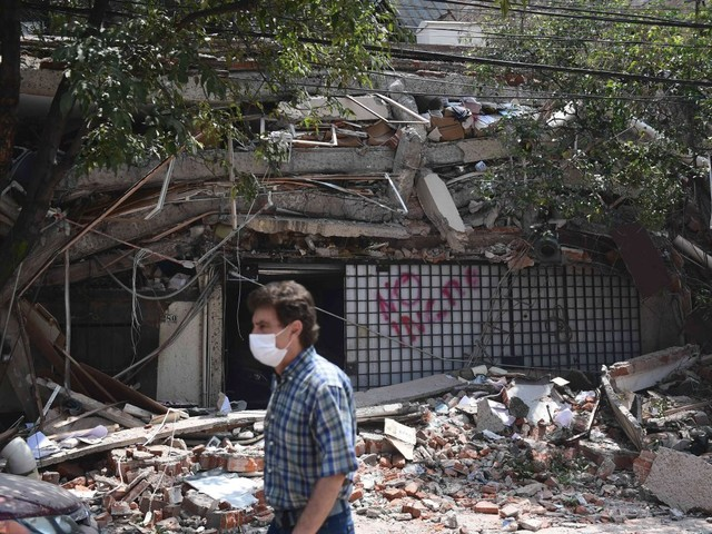 Mexico hit by magnitude 7.1 earthquake on 32nd anniversary of major quake