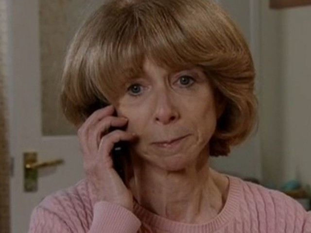 Coronation Street confirms the Platts have a group chat - and fans want in
