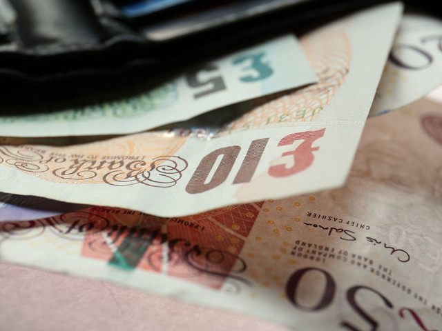 Universal Credit for self-employed people - how much is it and how does it work?