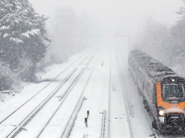Snow And Ice Weekend Warnings As Bitter Weather Blasts Britain