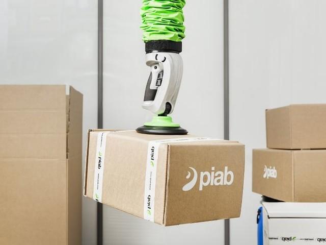 Efficient Robotic Vacuum Lifts - The Piab piLIFT SMART Has an Efficient, Ergonomic Design (TrendHunter.com)