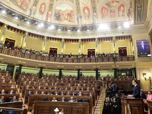 Spain sets clock ticking on Catalan independence row