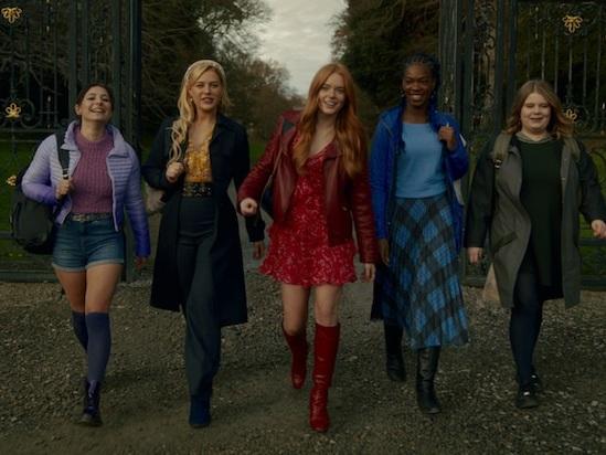'Fate: The Winx Saga' Star Abigail Cowen on Netflix Series' 'Harry Potter' Vibe, Whitewashing Criticism