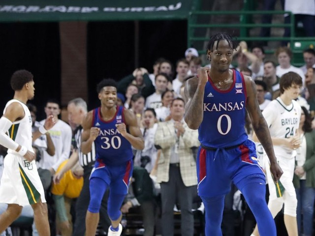 3 takeaways from No. 3 Kansas' thrilling 64-61 upset of No. 1 Baylor