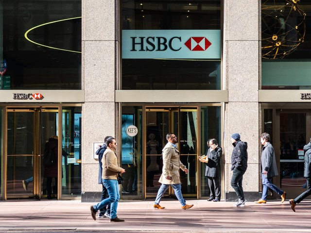 HSBC shares jump 5% after Europe's biggest bank reports slimmer credit losses and signals it could pay a dividend this year