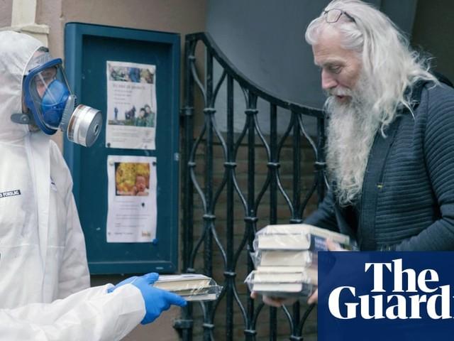 Norway's hazmat booksellers: keeping Oslo reading during coronavirus - video