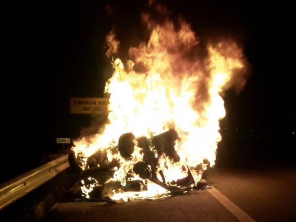 Woman burnt to death in Penang car crash