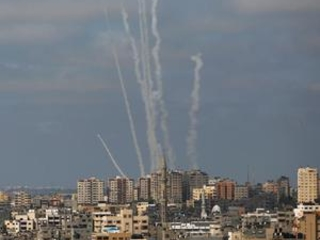 Israel unleashes new strikes as expectations for truce rise